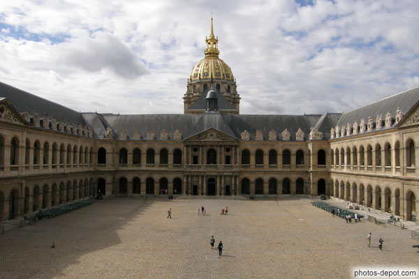 cour d 39 honneur de l 39 h tel des invalides. Black Bedroom Furniture Sets. Home Design Ideas